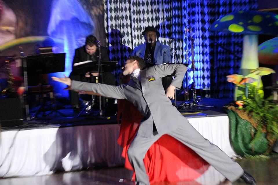 chris-and-daisey-lynam-waltz-performance