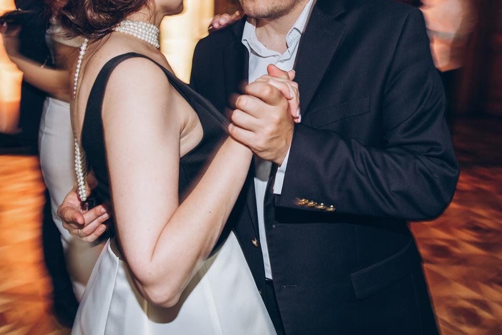 what-is-social-dancing
