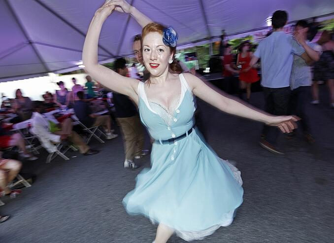 swing-dancing-girl.jpg